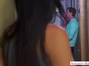 Alluring sinful MILF Reagan Foxx lures shy dude and gets finally fucked