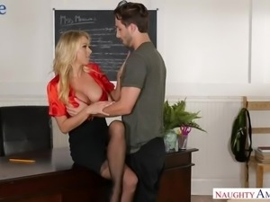 Fabulous blonde MILF Katie Morgan makes boobs bounce while riding dick