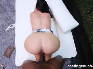 Juicy Ass On This Amateur Coming Back For Another Pounding