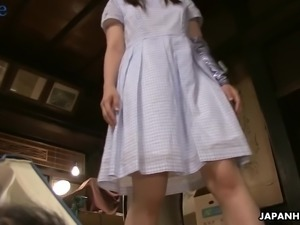 Tea ceremony with naughty Japanese hottie Ai Mizushima is turned into BJ