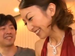 Inviting hottie Rei Aoki gets rudely fucked
