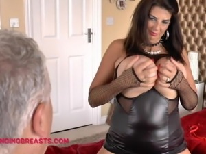 Mature woman with a hot body to please