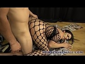 Shemale prison guard seduces her inmate