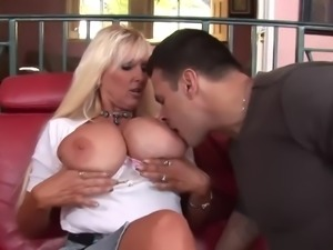Tia gunn milf big boobs and young dick