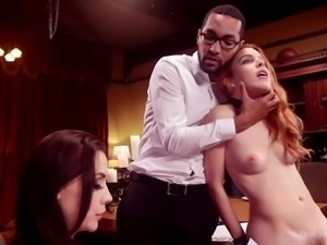 Dominant black stud loves watching Amarna Miller eating wet pussy