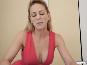 Stepmom wants stepson to Impregnate her so she seduces him