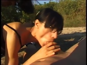Milf hairy slut Csilla perverse pissing summer sex outdoor