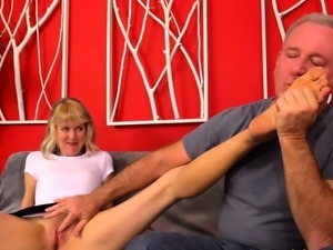 British GILF Jamie Foster Gets Screwed