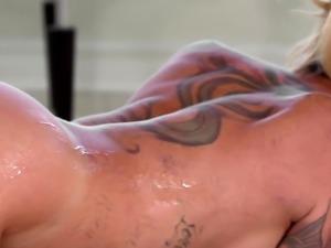 Tattooed masseuse jizzed