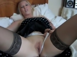 Sexyblonde! big tits tease!