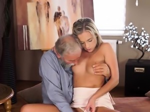 Adorable blonde girlfriend enjoys tool in her nana