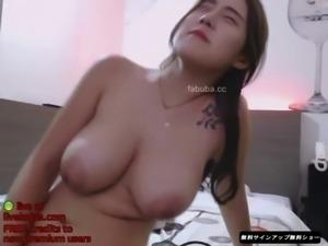 Korean babe big natural boobs cam show