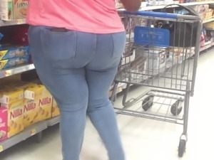 Phat Wide Ass BBW in jeans 1