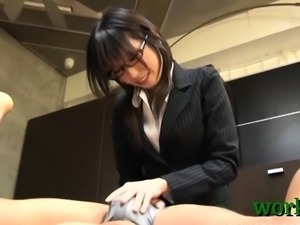 Sexy sex for a sexy office beautiful bitch