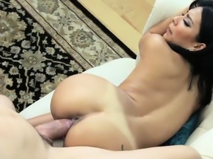 Amateur family Bookworrm Stepsis Gets Her First D