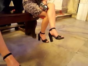 filming fr's sexy feets legs iin high heels