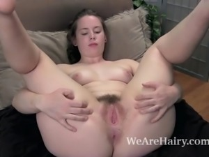 Sammi combs her hairy legs and enjoys her body