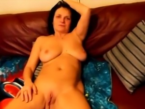 Slutty mature wife submitted one of her sex adventures