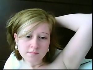 Webcam Teen blessed with that perfect innie pussy