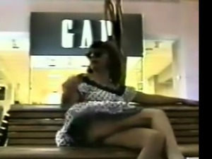 Girl Tries Flashing Pussy In Public Place On Bench